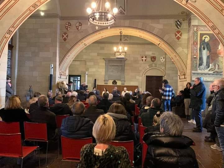 Siena: Resoconto incontro De mossi, Tirelli e Apolloni con gli operatorisenesi