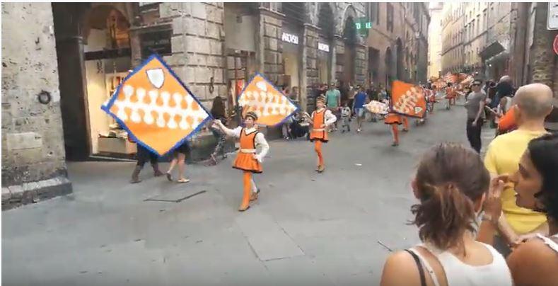 Siena: Rientro della Contrada del Leocorno2018