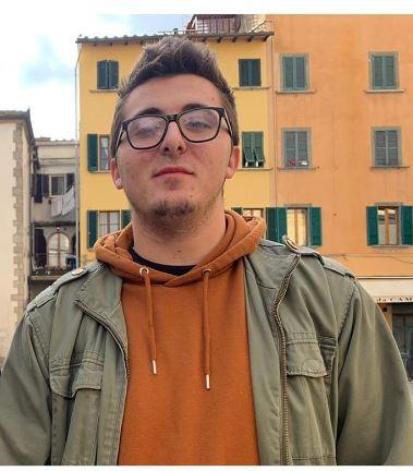 """Siena, l'appello del nuovo leader delle Sardine: """"Mobilitiamoci per PatrickZaky"""""""