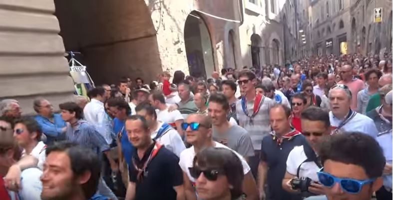Palio di Siena: Singing in theStreets