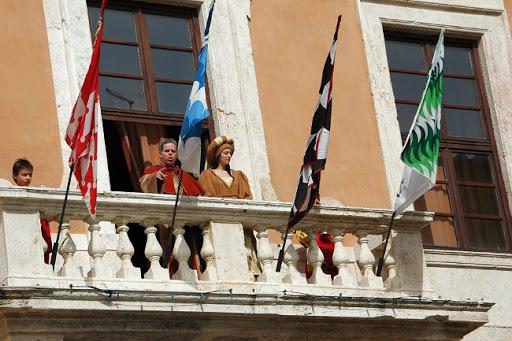 Provincia di Siena: San Quirico d'Orcia, la Festa del Barbarossa punta sulla promozione con il nuovo sitoufficiale