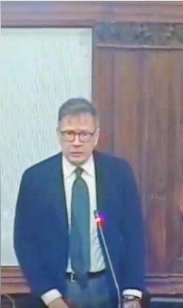 Siena: L'Intervento del Sindaco Luigi De Mossi durante il Consiglio Comunale di oggi05/03