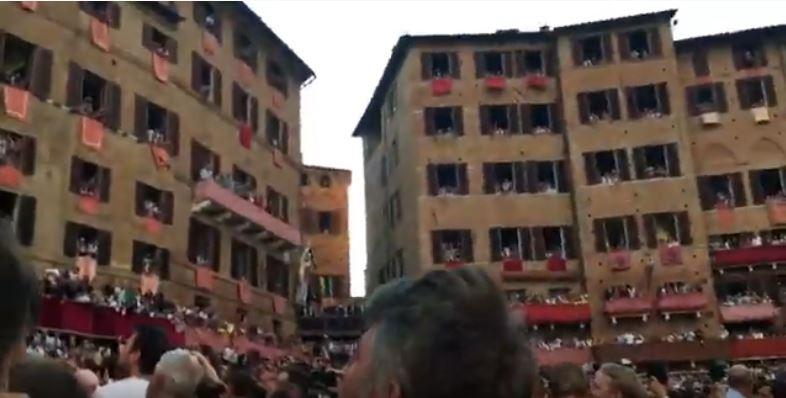 Palio di Siena: Tre giorni con una contrada (scusandoci per eventualiinesattezze🙏)