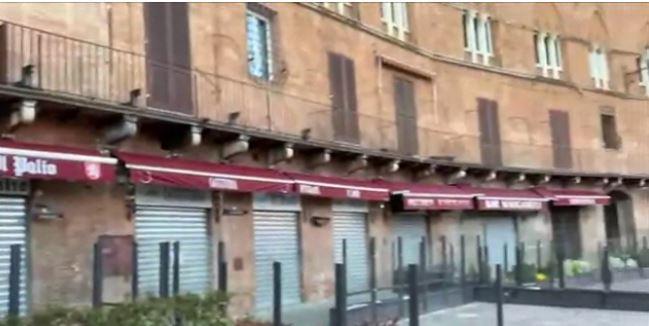 Siena, Piazza del Campo al tempo del coronavirus: Così non l'avete maivista