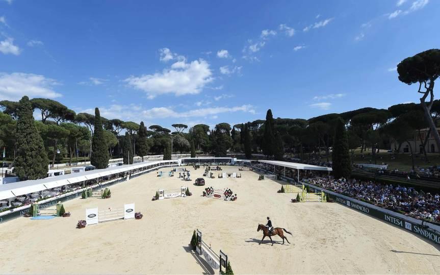 Ippica, Coronavirus, equitazione: Annullata anche Piazza di Siena. Appuntamento al 2021 Coronavirus, equitazione: Annullata anche Piazza di Siena. Appuntamento al2021