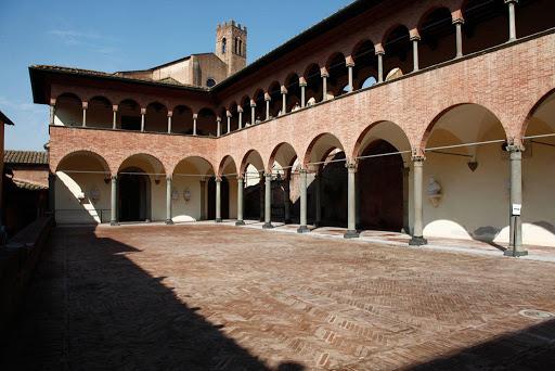 Siena: Stimmate di Santa Caterina, mercoledì 1 aprile su Siena Tv la benedizione dell'arcivescovo Lojudice