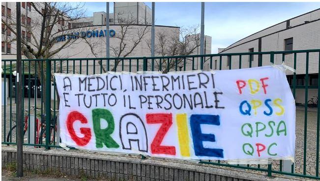 """Toscana: Arezzo,""""A medici, infermieri e tutto il personale, grazie"""". Lo striscione firmato dai quartieri dellaGiostra"""