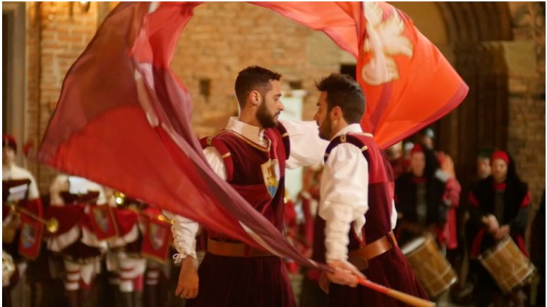 Provincia di Siena, Passione Senza Fine: Il docufilm sul gruppo Sbandieratori e Tamburini di Torrita diSiena