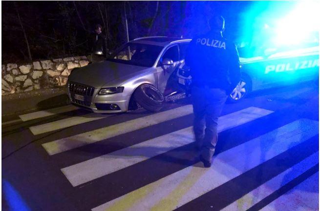 Siena: Ladri in fuga, nell'auto recuperato il bottino dei furti. Continuano leindagini