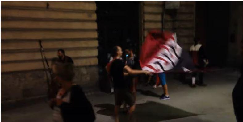 Palio di Siena: Sera del Palio 16/08/2014 vince la Civetta e piazza delCampo