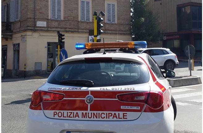 Siena: I controlli effettuati oggi, 1° maggio, dalla Polizia Municipale a seguito dell'emergenzacovid-19