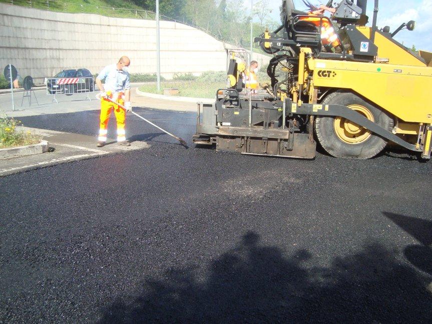 Siena: Proseguono i lavori di asfaltatura in alcune zone dellacittà