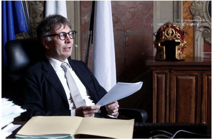 Siena: Sospensione atto di protesto per i titoli di credito, De Mossi scrive al premierConte