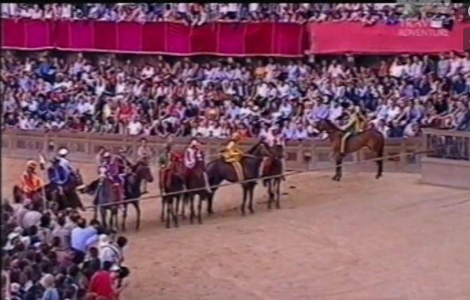 Palio di Siena, Ricordi di Palio: 2003.07 Discovery Channell Globetrekker