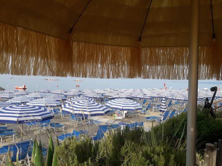 Italia: Vacanze Covid al mare, crollano le cittàd'arte