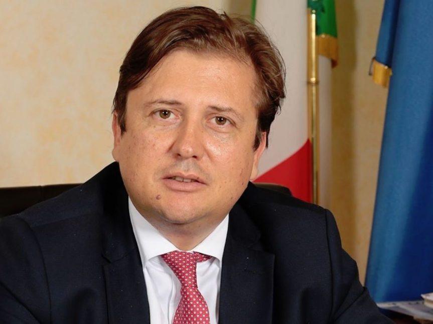 """Italia, Covid, Sileri: """"Entro aprile arriveranno sicuramente 8 milioni divaccini"""""""