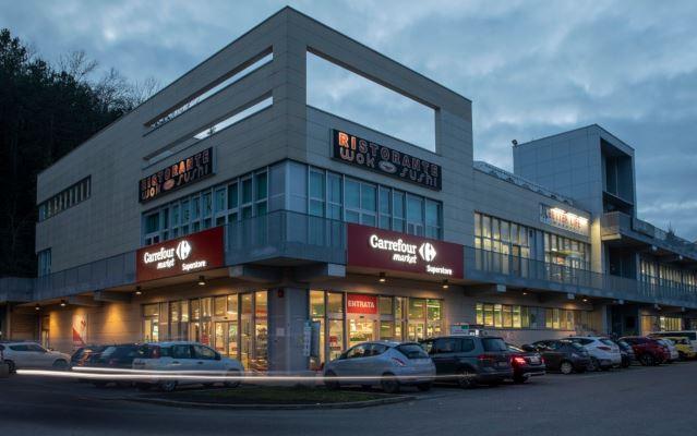 Siena: Nei negozi Carrefour della rete Etruria Retail prenoti i libri scolastici online e risparmi sullaspesa