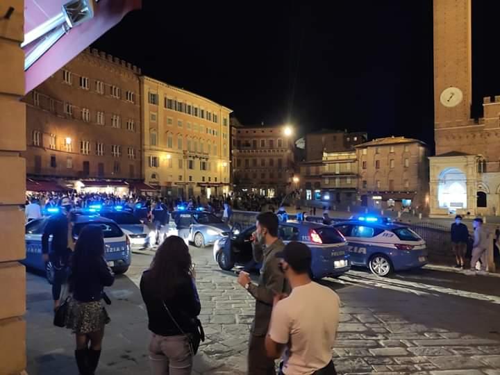 Siena: I controlli della Polizia in Piazza del Campo di ieri21/05