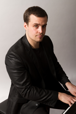 ITALIA: S02E10 FCH TESTIMONIANZE – LUDOVICO TRONCANETTI PianistaConcertista