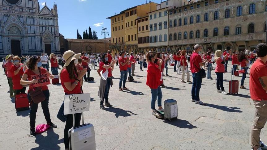 Toscana: Conti in rosso per il Covid, la protesta delle agenzie diviaggio