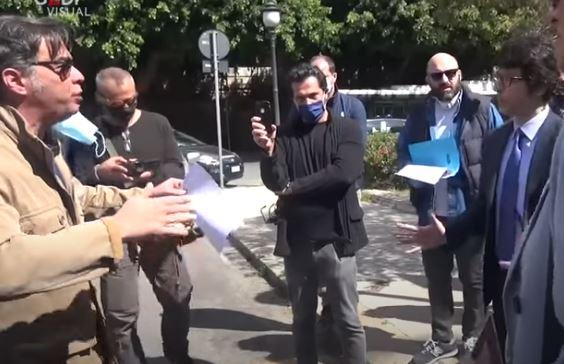 """Italia,  la protesta delle partite Iva: """"Siamo alcollasso"""""""