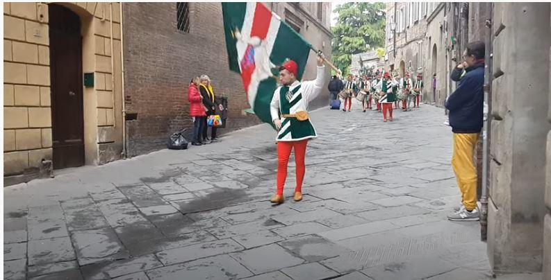 Siena: Oggi 10/05 doveva girare l'Oca. Processione e rientro della Contrada anno2019