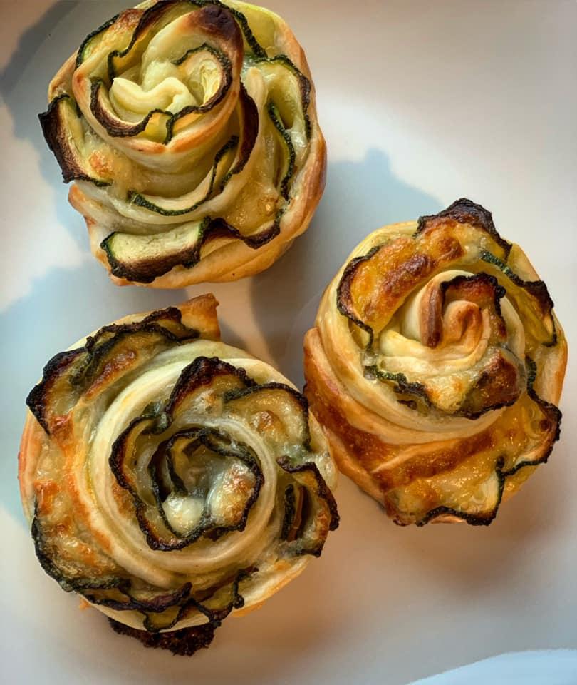 Massi Lo Sà, L'Angolo Goloso di Elisabetta: Roselline di zucchine esfoglia
