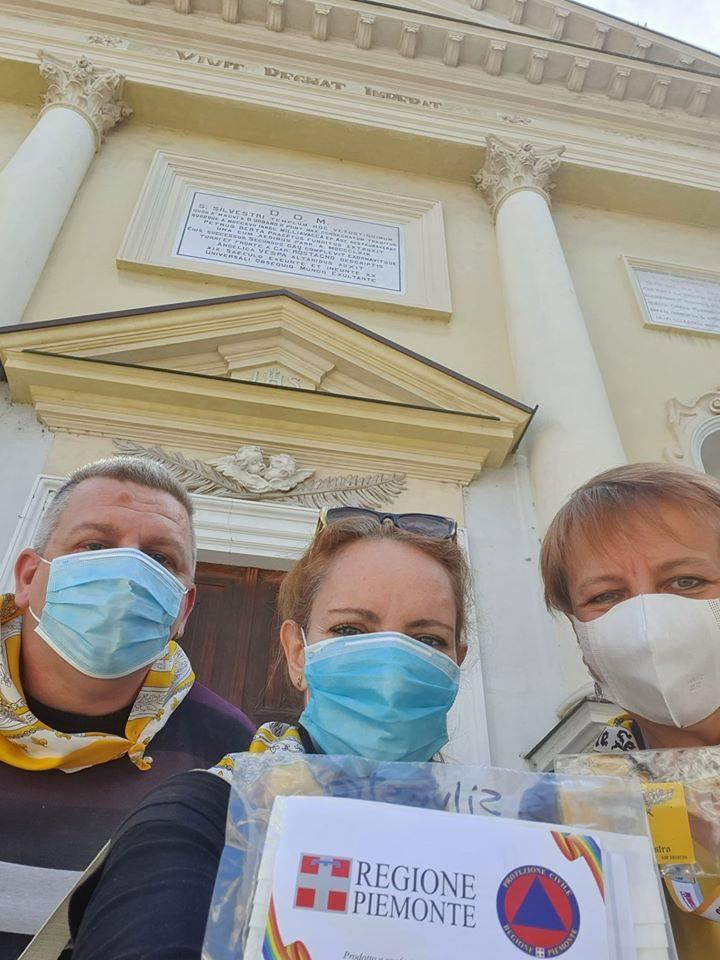 Palio di Asti, Rione San Silvestro: Ieri 02/05 Consegnate nel territorio di competenza del Rione le mascherine della RegionePiemonte