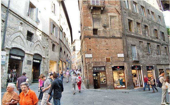 Siena: Il 61,53% delle imprese senesi chiede di posticipare i saldi. Toscana dice sì, si parte il 1agosto