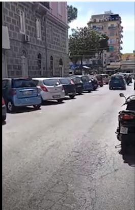 Italia: Verbali su verbali alle auto insosta