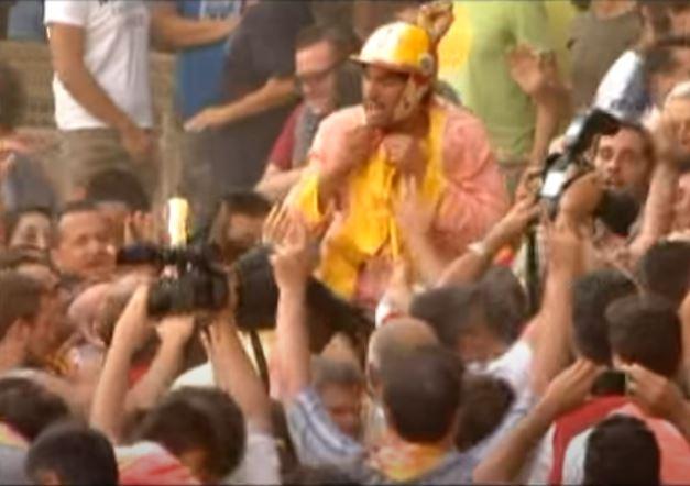 Palio di Siena: Palio 2012 fine-corsa FESTEGGIAMENTI – Rai2 16agosto