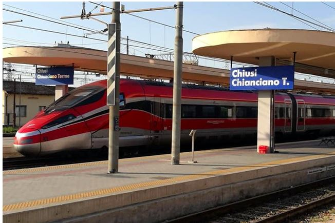 Provincia di Siena: Il Frecciarossa torna a fermare alla stazione di Chiusi per il terzo annoconsecutivo