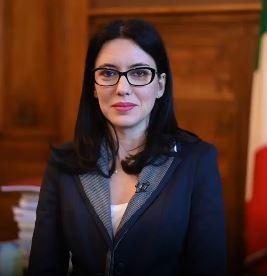 """Italia, Lucia Azzolina furiosa con Dagospia: """"Donne in politica attaccate in modo vergognoso"""""""