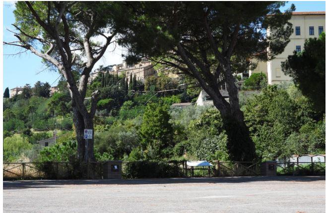 """Provincia di Siena, Montepulciano, Il Bersaglio: """"Sventata la minaccia del parcheggio multipiano in piazzaleNenni"""""""