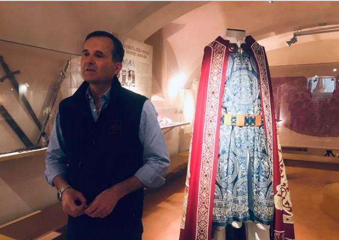 Palio di Legnano, In visita alla mostra del Castello di Legnano: La famiglia Favari e ilPalio