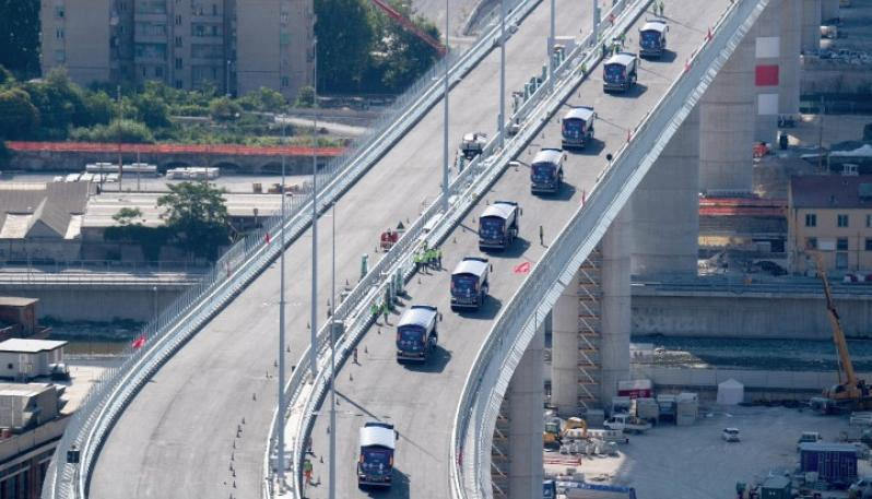 Italia: Collaudo del ponte Morandi, 50 tir sonotoscani