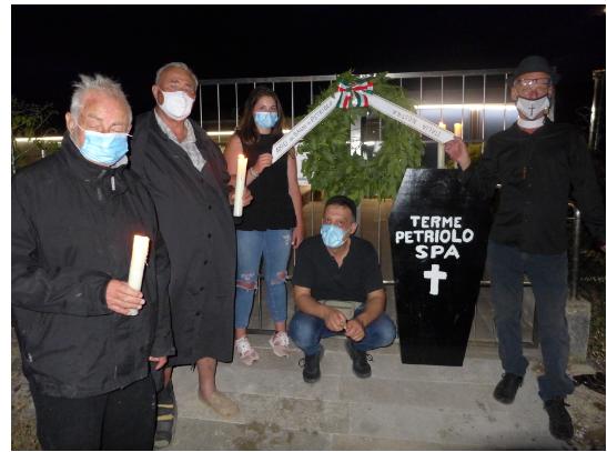 """Provincia di Siena: Celebrato il funerale """"apotropaico"""" delle terme diPetriolo"""