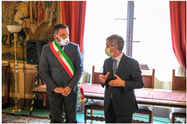 Provincia di Siena: Sentito ringraziamento del sindaco di Chiusi Bettollini al Prefetto Armando Gradone per il senso dello Stato e del lavoro dimostrato ognigiorno