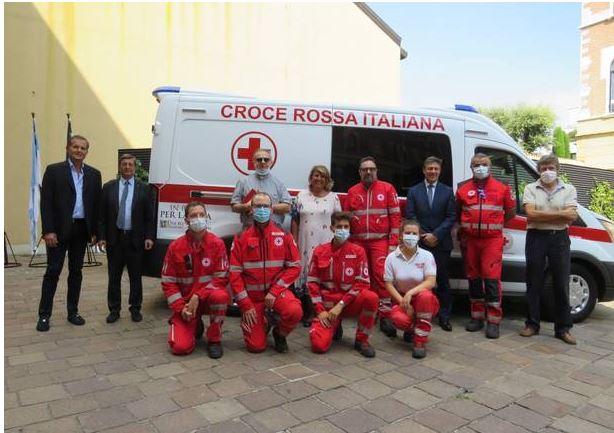 Palio di Legnano: Una nuova ambulanza alla CRI da Banco BPM e dal Palio diLegnano