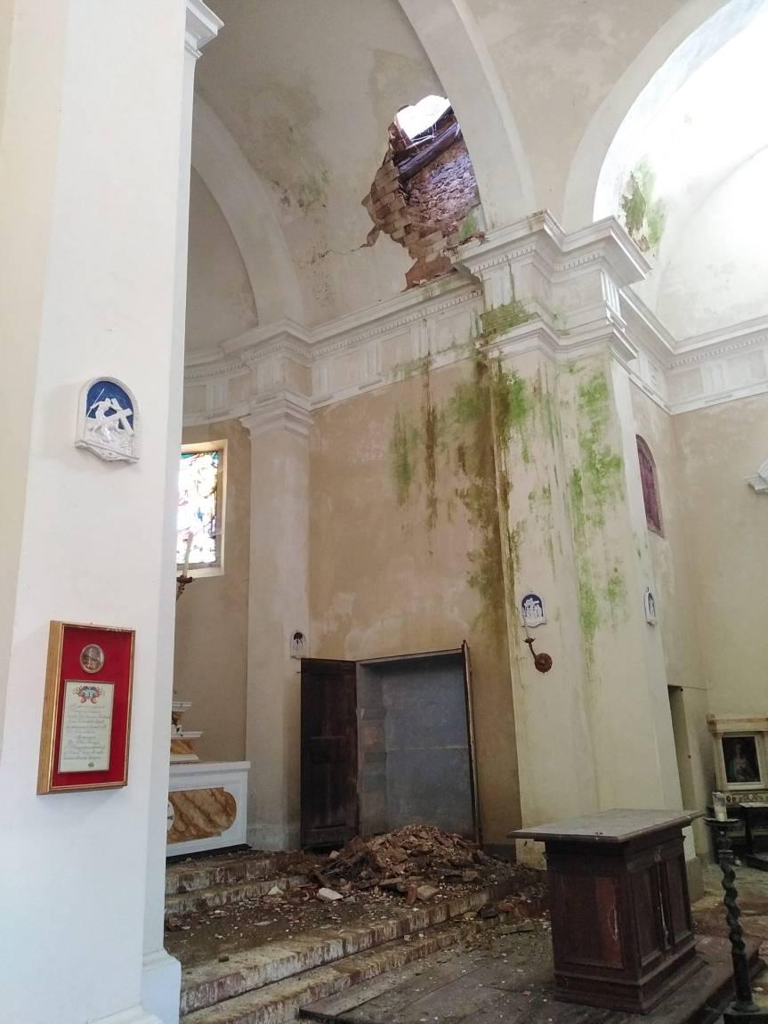 Provincia di Siena: Chiesa di San Bartolomeo ad Ancaiano, crolla il tetto dellacupola