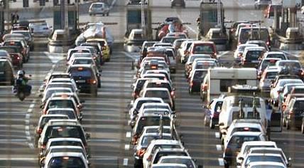 Italia: Autostrade e cantieri, niente taglio dei pedaggi. Scatta il procedimento dell'Antitrust