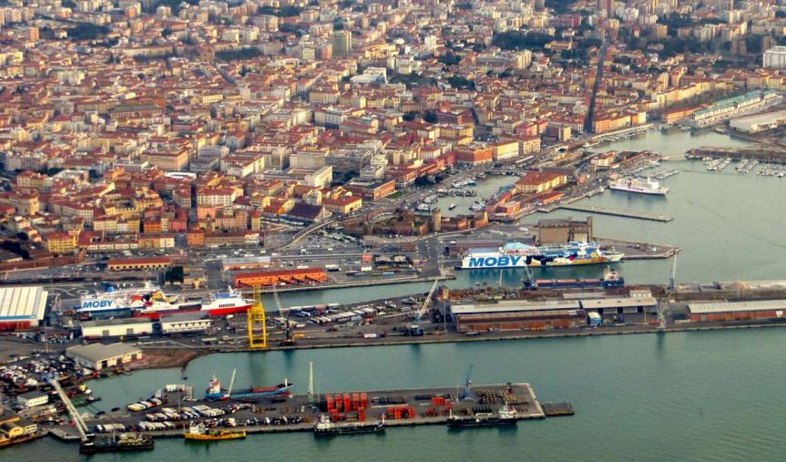 Toscana: Tre tonnellate di gas pericolosi nelporto