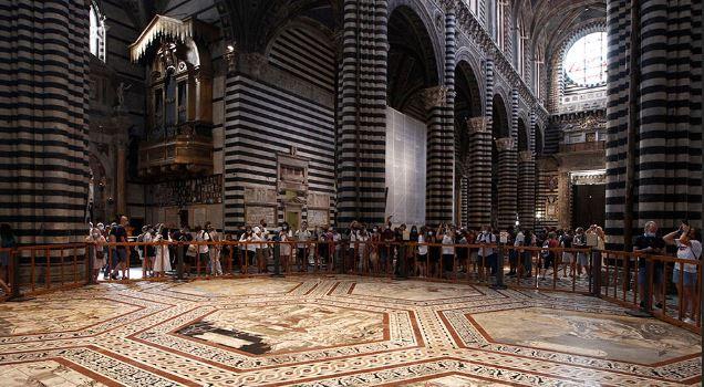 "Siena, Duomo, Pratesi annuncia: ""Prolungata la scopertura delpavimento"""