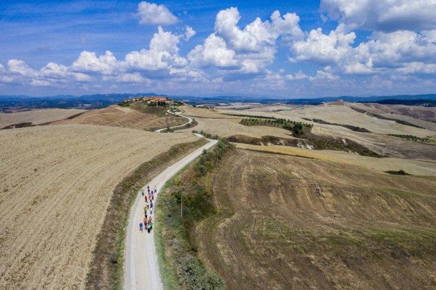 Siena, Nuovi prodotti editoriali dedicati alla Via Lauretana Toscana: Un avviso pubblico per coinvolgere le attività produttive lungo ilpercorso