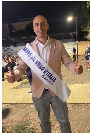 """Siena: Il senese Gianluca Becciolini vince il titolo di """"Babbo più simpaticod'Italia"""""""