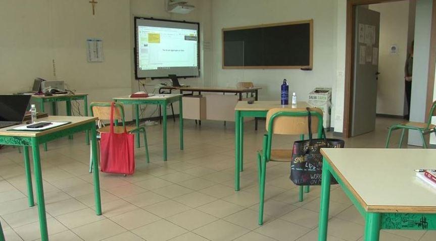 Italia: Covid, lezioni a casa per gli studentifragili