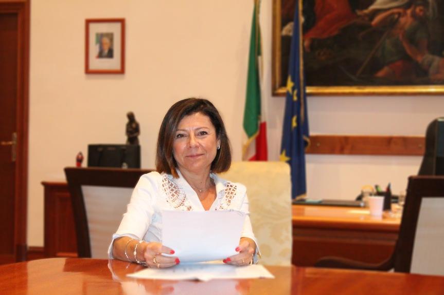 """Siena, La ministra Paola De Micheli arriva a Siena: """"A settembre commissarieremo laSiena-Grosseto"""