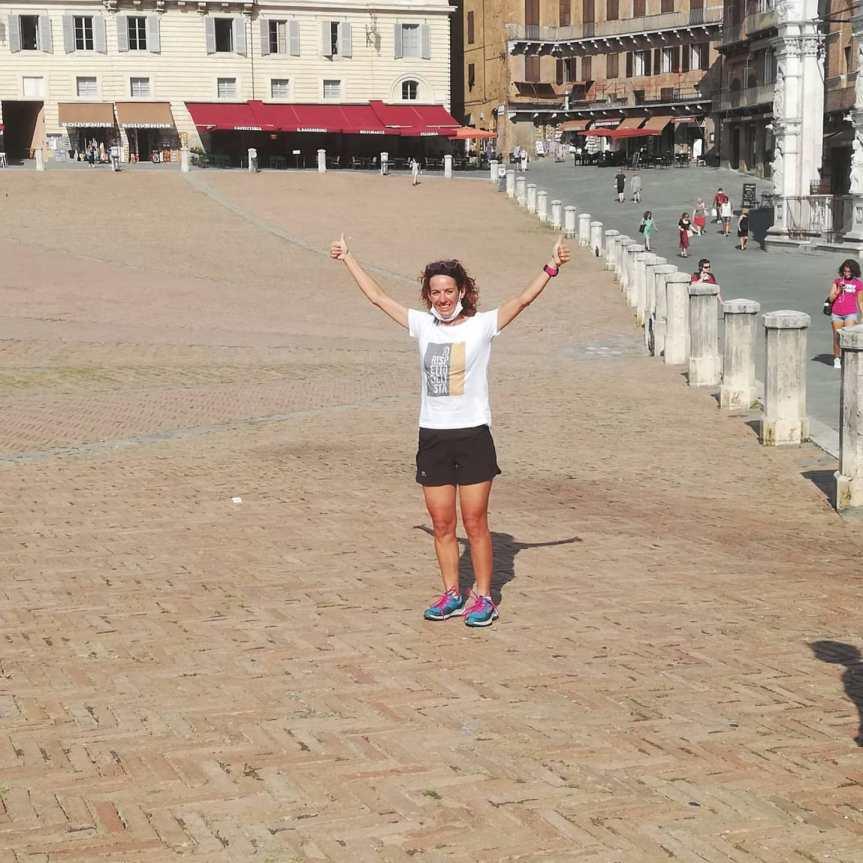 Siena: Oggi 16/09 ciclista Paola Gianotti ha raggiunto Piazza delCampo