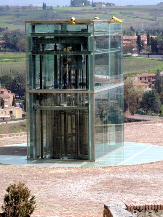 """Provincia di Siena, Colle, riapre la risalita """"Il Baluardo"""": Presto l'intervento definitivo di sostituzione delleporte"""
