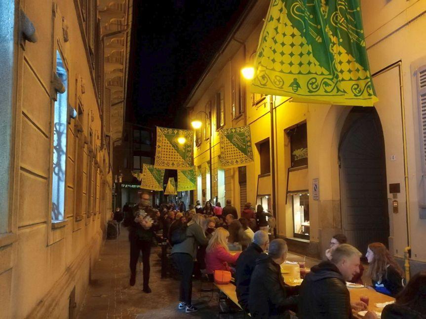 Palio di legnano, Contrada Sant'Ambrogio: Resoconto Cena del Borgo di ieri26/09